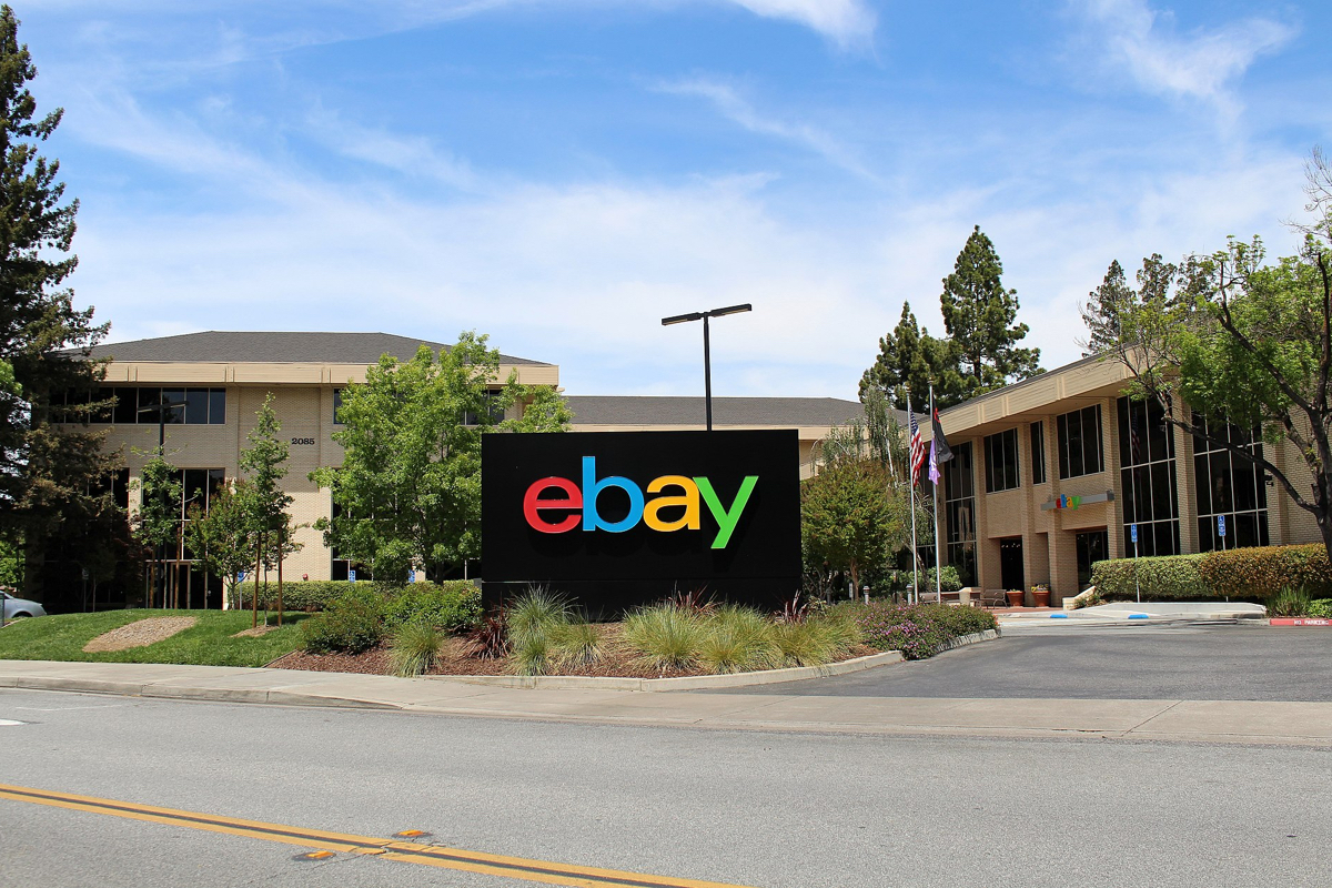 former-ebay-employees-charged-with-cyberstalking
