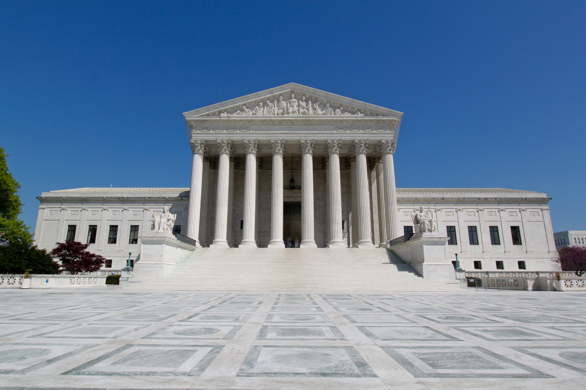 supreme-court-allows-expedited-removal-of-asylum-seekers