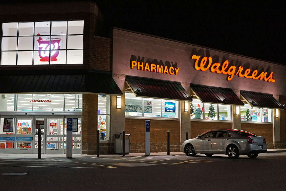 walgreens-employees-reach-settlement-in-class-action-suit