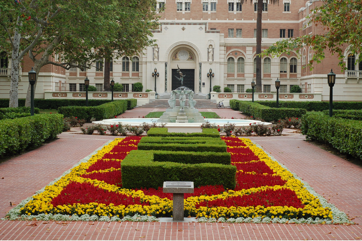 students-from-usc-and-other-colleges-demand-tuition-reimbursement