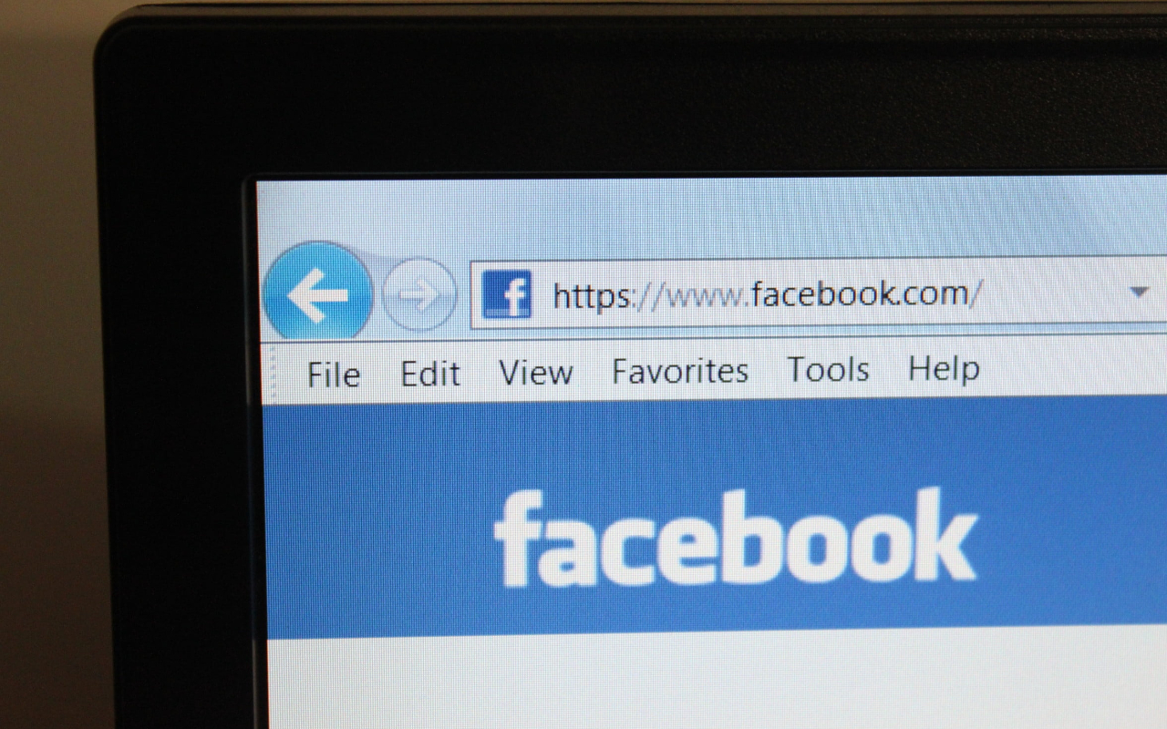 facebook-pays-settlement-to-content-moderators-for-trauma